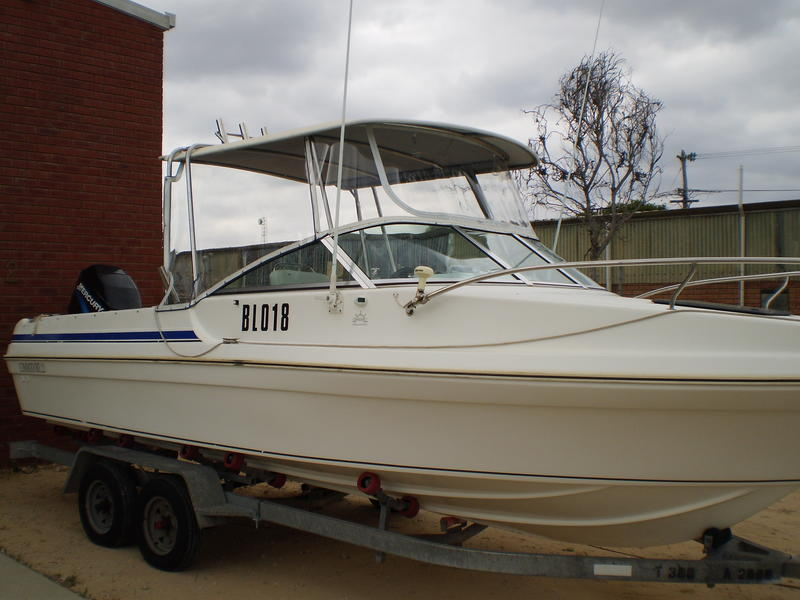 Our friendly staff will assist you with any questions you may have to ensure you get the correct product you require made from the correct material. & Mandurah Canvas Boats and Marine Trimming 9535 7000